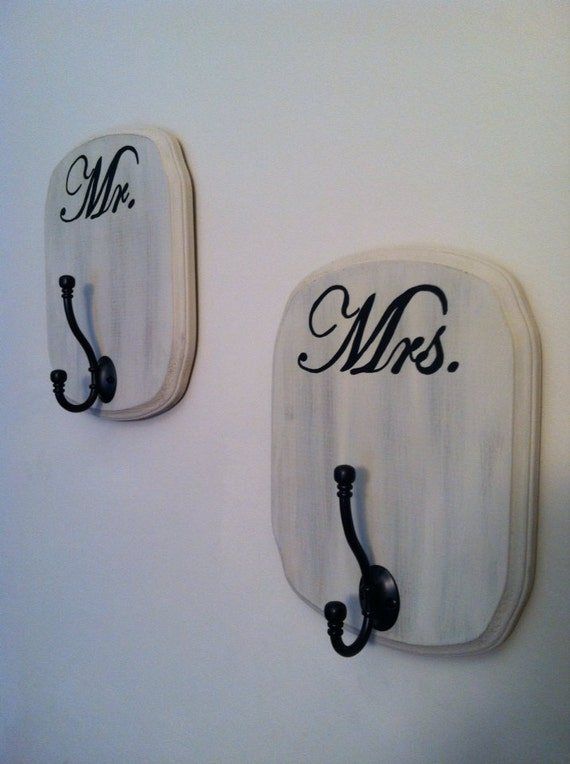 Shabby chic mr and mrs bath signs hooks set of 2 for Mr and mrs spa