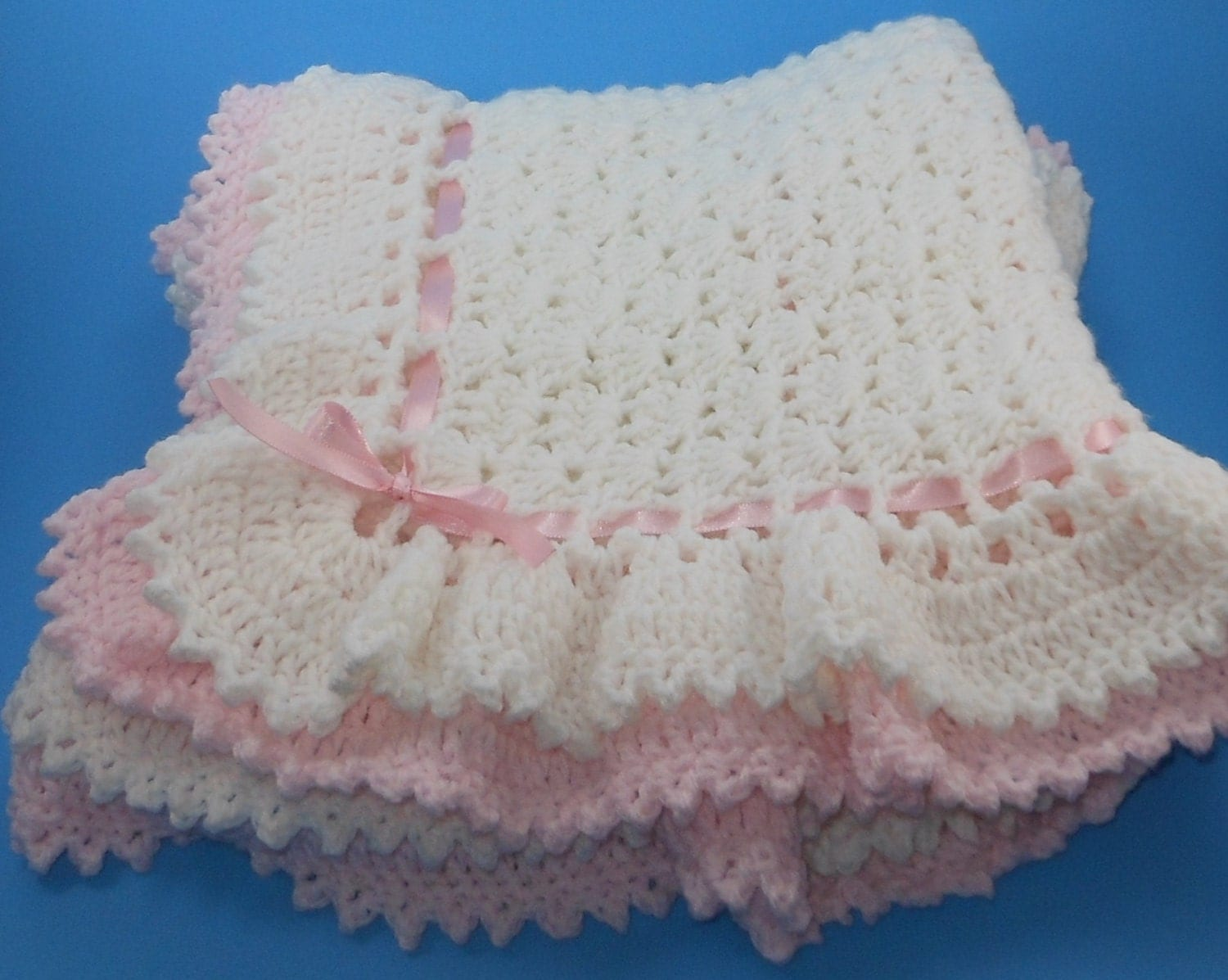 Free Crochet Pattern Ruffle Edging : Double ruffle shell stitch crochet baby afghan