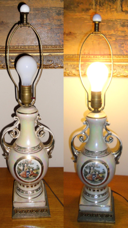 French Provincial Style Urn Porcelain Lamp Vintage Urn Style