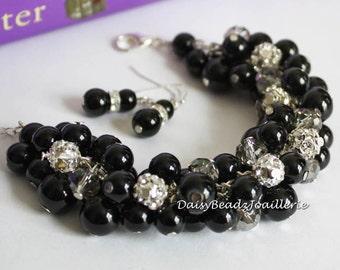 Black Bracelet, Black Pearl and Rhinestones Cluster Bracelet, Bridesmaids Gift, Black Pearl Bracelet, Bridesmaids Bracelet, Chunky Bracelet