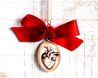 Snow White's heart Necklace