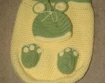 Customized Crochet Coccoon & Matching Hat
