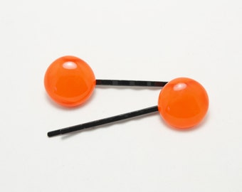 Orange Bobby pins.