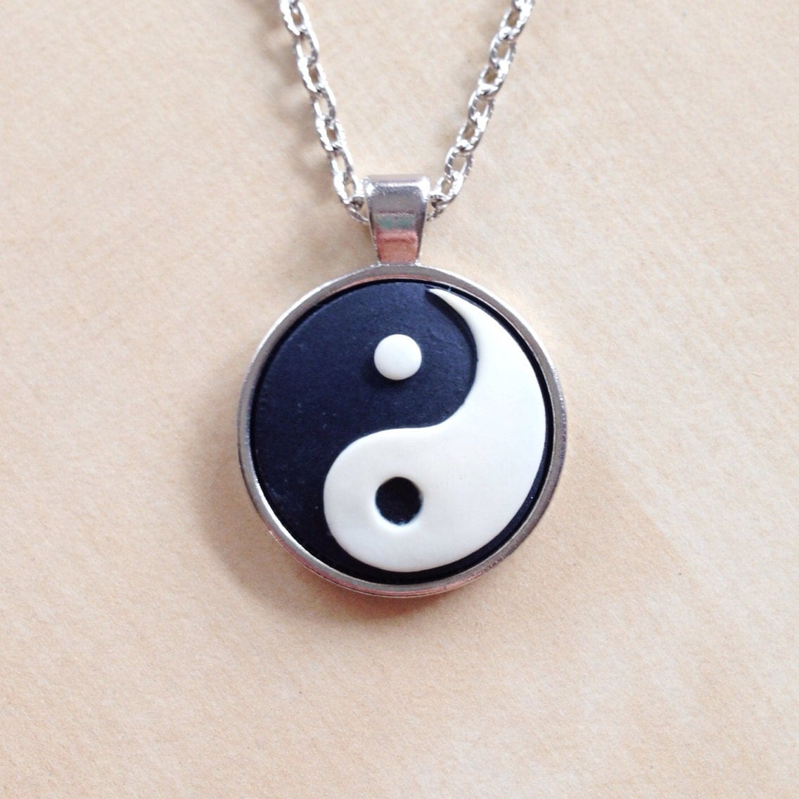 yin yang necklace shiny silver pendant bezel 25mm resin