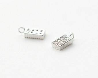 3246012 / Rectangle / Rhodium Plated Brass with CZ Pendant 4.1mm x 9.2mm / 0.3g / 2pcs