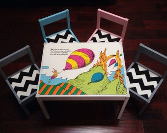 Kids Play Table & 4 Chevron Chairs