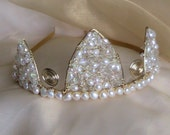 Tiara with freshwater pearls and crystals