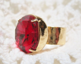 Ruby Red Glass Jewel Ring Rhinestone Ring Large Glass Jewel Ring Old Hollywood Glam Estate Style Art Deco