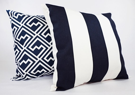 navy pillow covers one navy and white throw pillow cover. Black Bedroom Furniture Sets. Home Design Ideas