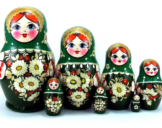 Art Nesting Dolls 7 pcs Inlaid Russian Matryoshka doll Traditional babushka doll Russian stacking dolls for kids Wooden doll Bellis