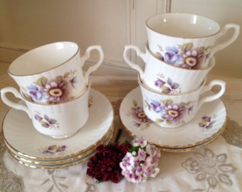 Vintage Salisbury china english bone china teacup and saucer with lilac flowers and ribbed pattern.