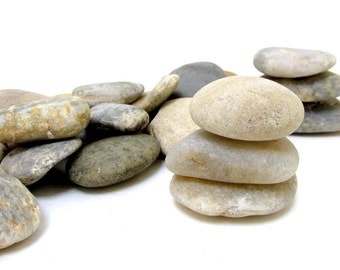 Beach Stones / Large Beach Rocks /  25 Wedding Beach Stones / Wishing Stones / Wedding Decor / Oathing Stones / Rocks to Paint