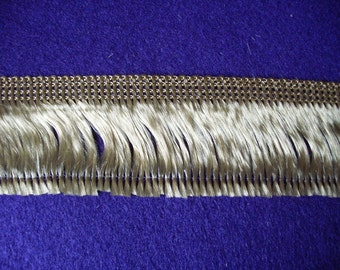 Fringed, gold, 3m (402)