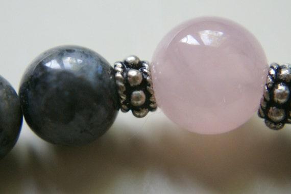 Labradorite bracelet with Rose Quartz Accent Beads