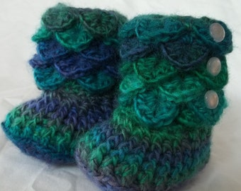 Crocodile Stitch Baby Booties, Crocodile Booties, Baby Shoes, Crochet Baby Booties, Blue and Green,