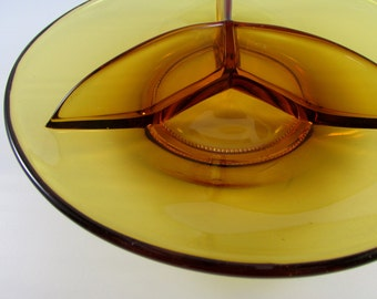 Vintage Modern Amber Glass Divided Serving Plate Candy Dish, Mid Century Dish, Mid Century Decor, Mid Century Glass, Vintage Amber Glass