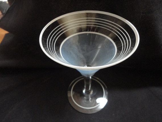 Retro Art Glass Art Deco Retro Martini Glass