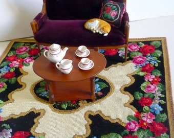 Instant PDF download dollhouse miniature needlepoint carpet pattern T24