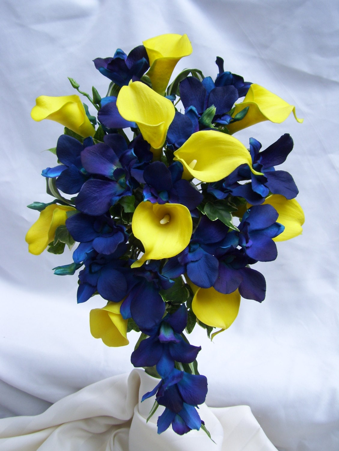 Tracy's Cascade Bridal Bouquet with Yellow Calla Lilies
