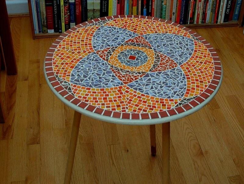 rote lila mandala glas mosaik tischplatte. Black Bedroom Furniture Sets. Home Design Ideas