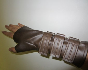 Bane Glove - Brown Faux Leather Wrist Gaurd