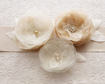 Champagne Bridal Sash, Wedding Gown Sash, Flower Sash, Waist Sash, Champagne Sash, Floral Sash Belt, Flower Belt, Champagne Satin Sash