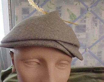 1950s Grey Felt Hat, Fits Head snugly, has Yellow Feather  #H25
