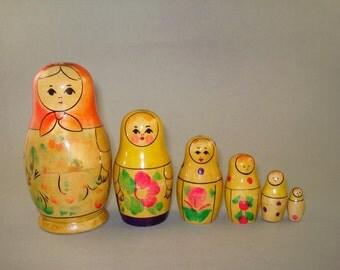 Vintage old set of 6 Russian Soviet Nesting Dolls Kirov  - USSR