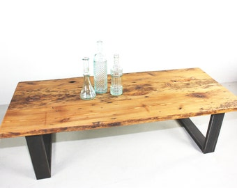 Reclaimed Old Growth Pine Wood Coffee Table With Eco-Friendly Finish