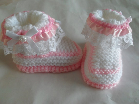 Knitting Pattern For Baby Girl Shoes : Knitting Pattern Baby Girl Boots/Booties by MarilynsCreation