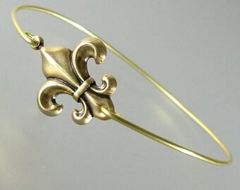 Gold Fleur de Lis Bangle Bracelet, Gold Bangle Bracelet, Gold Bracelet, Fleur de Lis Bracelet (177G,)