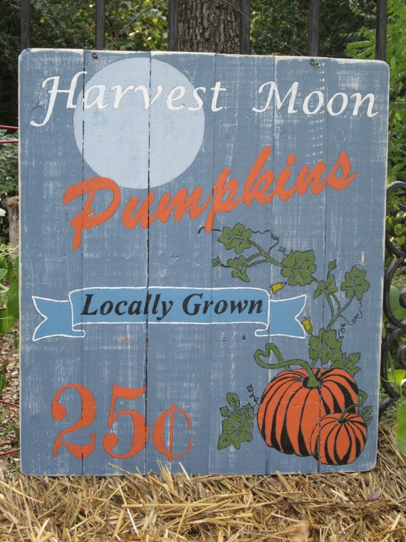 Items similar to Harvest Moon Fall pallet sign with lots of appeal ...