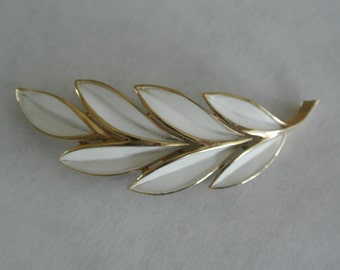 Vintage Brooch Pin by Trifari White enamel Gold Leaf Signed