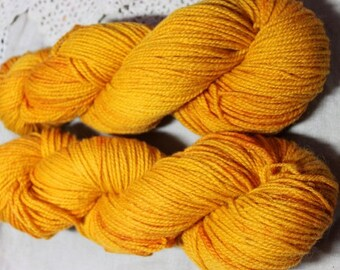 Cotswold Handspun wool, Worsted weight yarn, 2 ply, Organic Yarn. Natural Dye, Annatto Seed