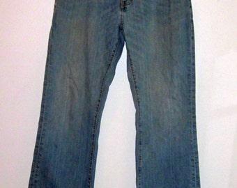 Vintage Men's DENIM BLUE JEANS- Size 36 X 32 Frayed Bottom Stonewashed Cotton Denim Straight Leg