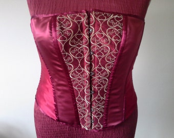 SALE...SALE...SALE...Burgundy corset fully boned with front busk fastening and eyelet back.