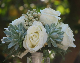 Succulent and Flowers Wedding Bouquete