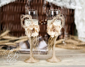 Burlap Wedding Glasses, Rustic Personalized Champagne Glasses, Lace and Pearl Wedding Toasting Flutes, Handmade Vintage Wedding Flutes 2 pcs
