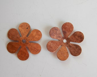 Vintage copper flowers, 25mm, jewelry making, craft, destash, antique jewelry supplies, 10 pieces.