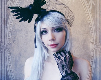 "Fascinator ""Nevermore"" ( Raven, Crow, Goth, Headdress, Black feathers)"