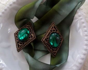 Baroque Green Earrings