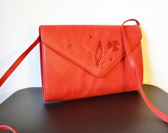 Free Ship 70's Vintage Red Leather Purse with snakeskin