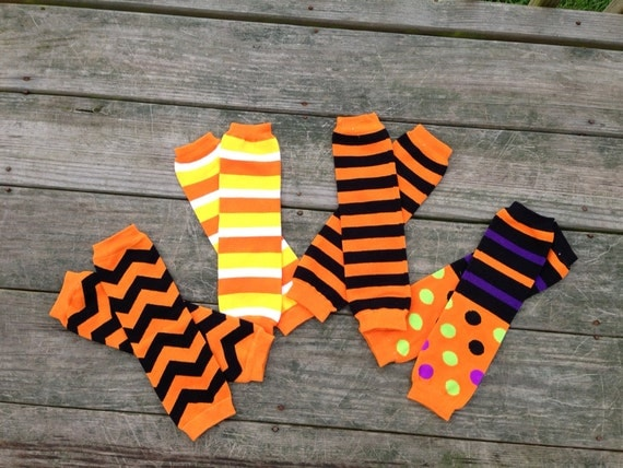 This time of the year brings to mind all things cozy, and that is the premise for my candy corn leg warmers! These colors always bring to mind the harvest season, Halloween, and cooler days. Today's tutorial shows how to create these great pair of leg warmers in striped yellow, orange, and white.