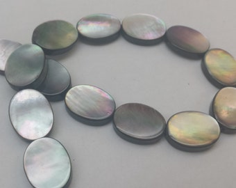 Smooth Oval Shape Black Lip Mother of Pearl Bead