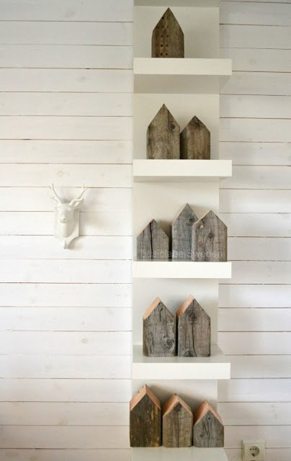 Small swedish houses decorative reclaimed wood 4 x 4 blocks for Wand weihnachtsdeko