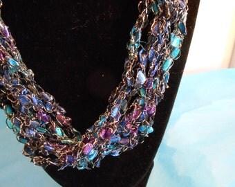 Trellis Necklace / Crochet Necklace Item No. 121a