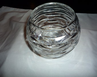 GEORGEOUS Lead Crystal Round Rose Bowl Vase