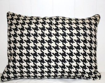 12x16 Black and White Houndstooth Lumbar Pillow Cover