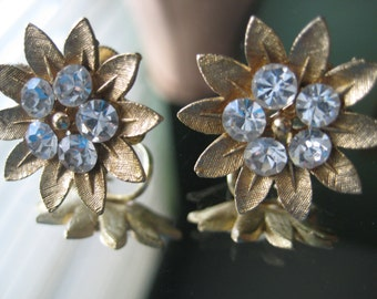 Lisner Vintage Flower Earrings with rhinestones