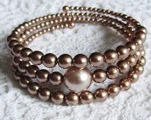 "Bracelet handmade from Czech glass pearls - unique - diameter 2,36"" (6 cm)"